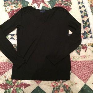 Black GAP v-neck sweater